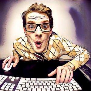 hombre haciendo un curso online