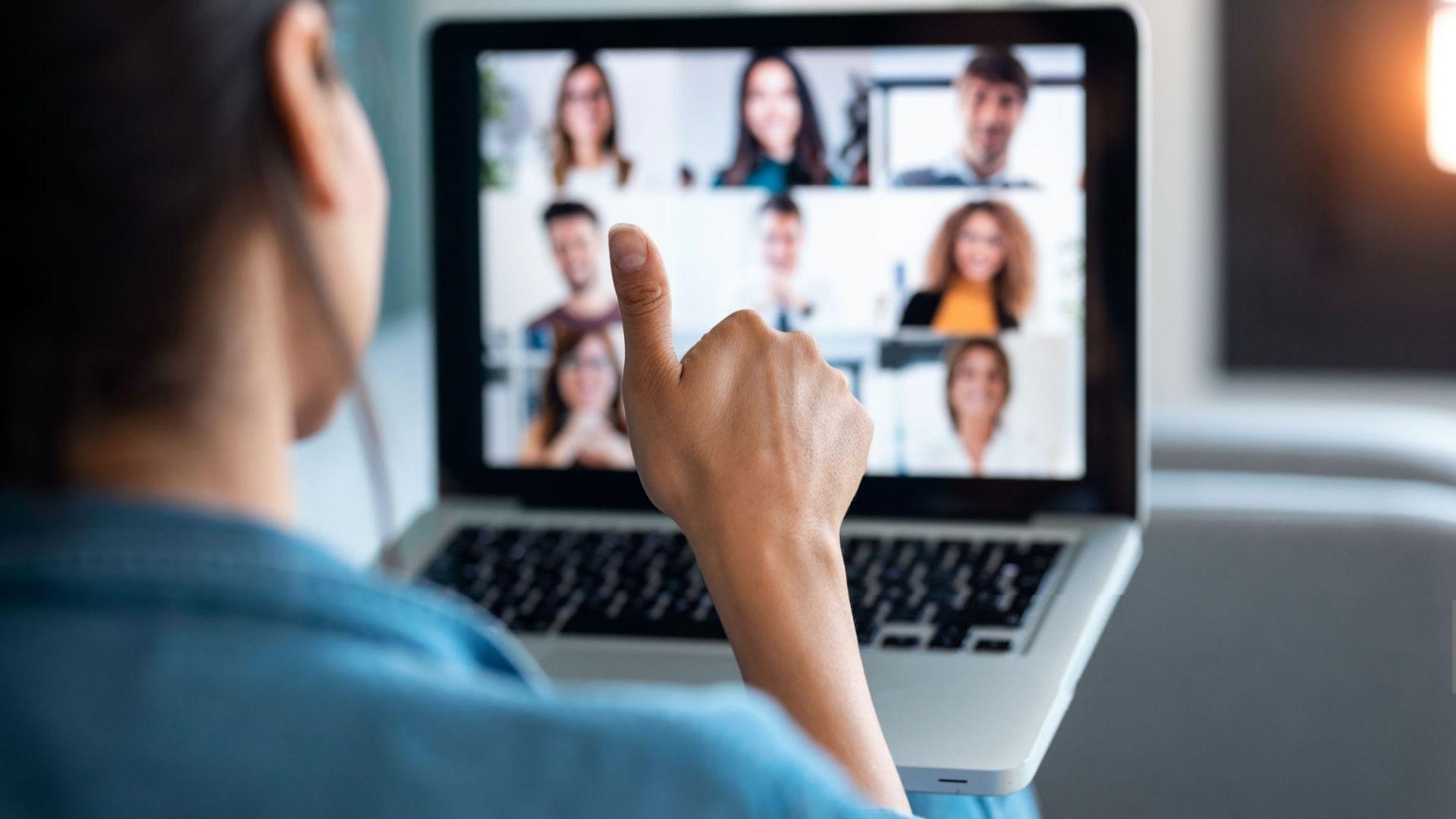 sesion de formación online formadora